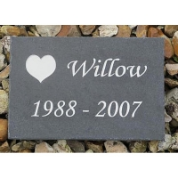 engraved_dog_memorial_plaque